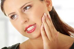 Pourquoi mon ostéopathe s'intéresse-t-il à ma mâchoire ?